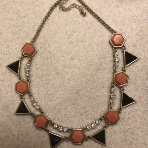 Jewelry - ❤️ Pink & Black statement Necklace